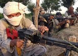 """Талибы в Пакистане стали \""""исламскими робин гудами\"""""""