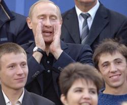 Путин потребовал упростить налогообложение физлиц