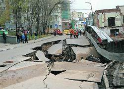 Лужков винит Кудрина в неразвитости сети дорог в России
