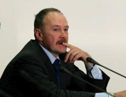Медведев ослабил силовиков человеком Ельцина