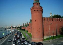 Россия снова протягивает руку, не успев встать с колен