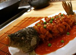 Порция рыбы защищает мужчин от болезней сердца