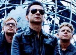 Солиста Depeche Mode увезли в больницу перед концертом