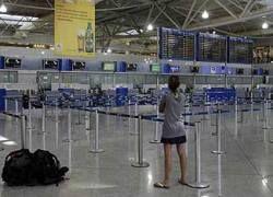 Греческие аэропорты отменяют рейсы из-за забастовки