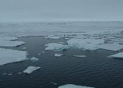 Таяние льдов Антарктиды, возможно, не столь опасно