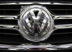 Volkswagen приостановил переговоры о слиянии с Porsche