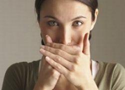 Запах изо рта: причины и способы борьбы