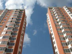 К концу года недвижимость в России подешевеет вдвое