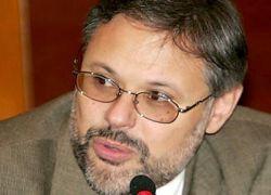 Михаил Хазин: нужно снова ввести валютный контроль