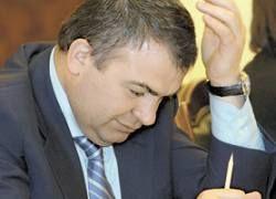 Кремль отправляет Сердюкова в отставку