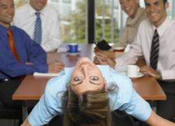 Как держать спортивную форму, сидя в офисе