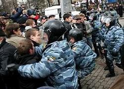 Суверенная демократия + Россия = авторитаризм?