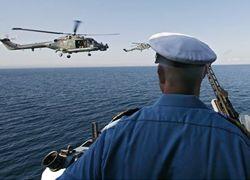 Корабль НАТО подобрал возле Сомали индийских моряков