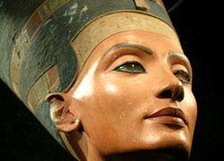 Египет требует возврата Нефертити