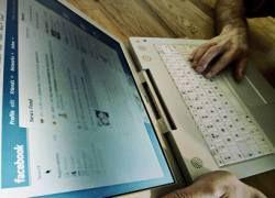 Facebook стал самой популярной социальной сетью в США