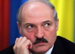 Кто вытащит Лукашенко из финансовой ямы?