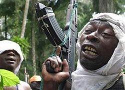 Нигерийские боевики снова взрывают нефтепроводы