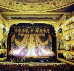 Мариинский театр начнет показывать спектакли в Интернет