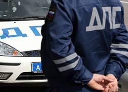 Пьяная толпа напала на инспекторов ГИБДД