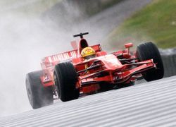 "FIA пошла на уступки командам \""Формулы-1\"""