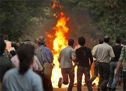 Участники беспорядков в Тегеране подожгли мечеть