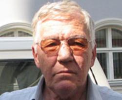 Умер Евгений Сабуров