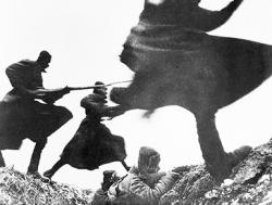 СССР был обязан атаковать Германию первым