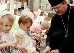 Православные наступают на детские сады