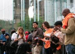 Apple iPhone поставил новый рекорд продаж
