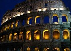 Туристов пустят гулять по Колизею ночью