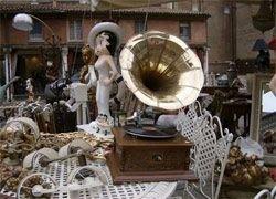 Антикварный рынок наказывают за чужую контрабанду