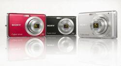 Sony представила два новых CyberShot