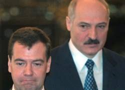 У Белоруссии один выход - вступить в РФ