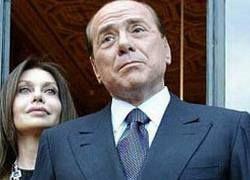 Тень кокаинового скандала нависла над Берлускони