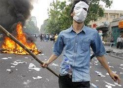 В Тегеране демонстранты снова вышли на улицы