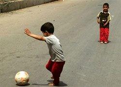 В Италии расстреляли детей, игравших в футбол