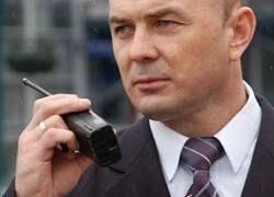 У охранников и детективов в РФ снимут отпечатки пальцев