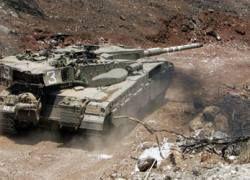 Израиль вывел танки на границу с Ливаном