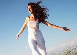 Самый счастливый возраст для женщин - 28 лет