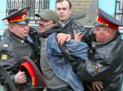 Зачем в нас специально воспитывают ненависть к милиции?