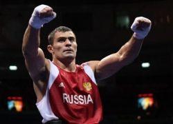 Рахим Чахкиев перешел в профессиональный бокс