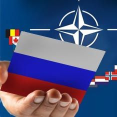 НАТО распахивает России вражеские объятия