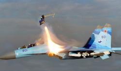 Русский пилот совершил самый опасный трюк на CУ-35