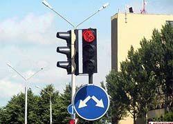 В Москве водителя ограбили на светофоре