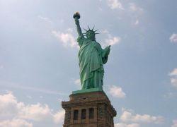 Документы о выборах в Нью-Йорке переведут на русский