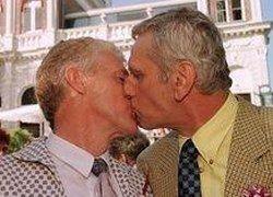 Гей и лесбиянка метят в епископы Лос-Анджелеса