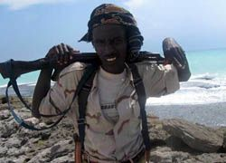 Сомалийские пираты отпустили последних троих россиян