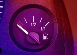Власти остановят рост цен на бензин Уголовным кодексом