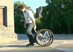 Изобретен велосипед, складывающийся до размеров колеса