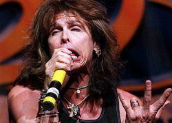 Госпитализирован лидер Aerosmith Стив Тайлер